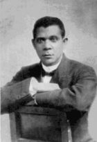 How Did the Views of Booker T. Washington and W.E.B. Du Bois toward Woman Suffrage Change, 1900-1915?