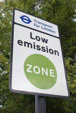 Air Pollution, London (Photo Essay)